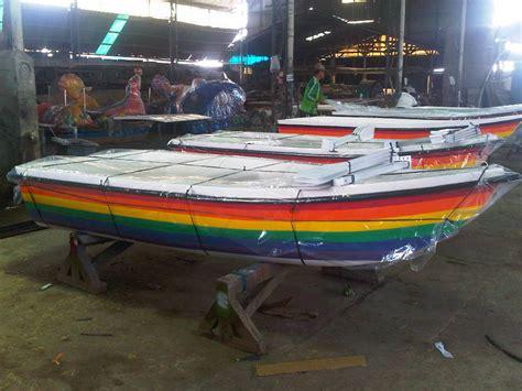 Perahu Mini Kap 4 5 Penumpang jual perahu dayung kecil perahu fiber septictank biotech