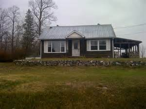 country homes for rent beautiful country setting house for rent in renfrew
