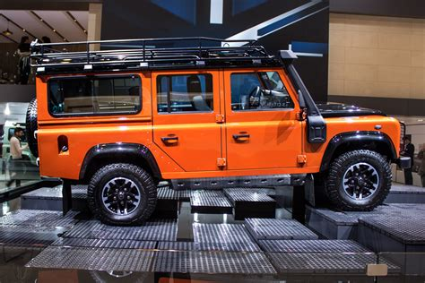 jeep defender 2015 2015 land rover defender 110 pictures information and