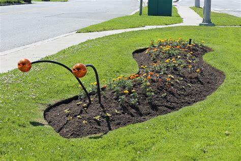 Caterpillar Evanue city creates eye catching garden displays infonews
