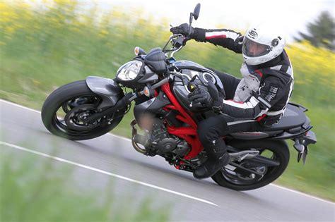 Suzuki Motorrad H Ndler Stuttgart by Suzuki Gladius 650 Test 2014 Motorrad Fotos Motorrad Bilder