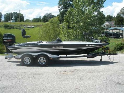 used fishing boats for sale in knoxville tn stratos new and used boats for sale in tennessee