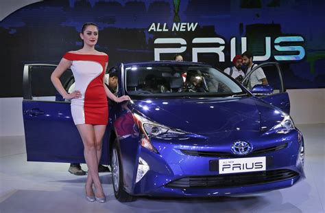 girly cars 2016 toyota introduces 2017 prius prime at york auto