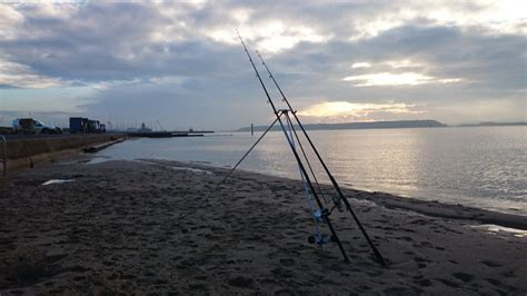 boat fishing marks poole harbour the flounder are still in poole fishing tails