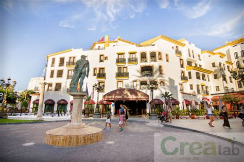 Marbela Square book park plaza suites hotel marbella hotel deals