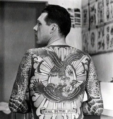 lyle tuttle tattoo lyle tuttle s back done by legendary artist