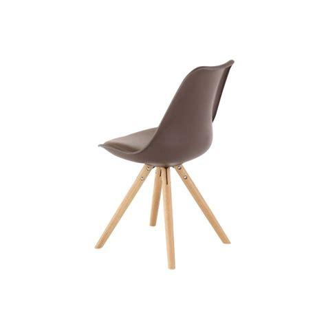 chaise nordique 2 chaises nordiques en plastique et bois taupes cross