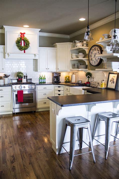 white cabinet kitchen ideas in christmas homeko kitchen holiday home tour classic christmas decor