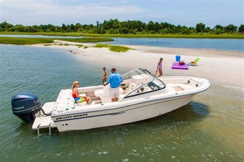 grady white boats greenville north carolina 2015 grady white freedom 225 bowrider boat review