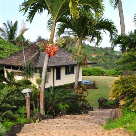 Kauai Honeymoon Cottage by Martha Stewart Weddings Picks Kauai Honeymoon Retreat