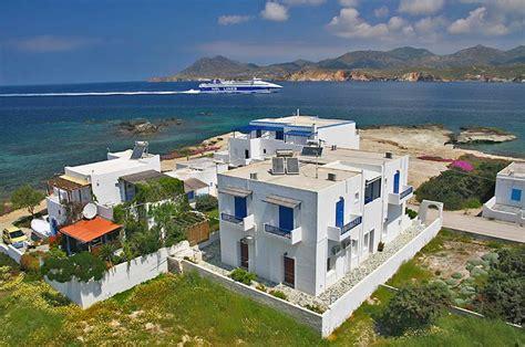appartamenti milos grecia remvi camere ed appartamenti pollonia milos cicladi grecia