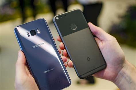samsung galaxy    google pixel xl   sized phones battle