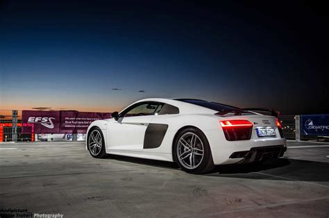 new audi r8 v10 plus 2015 audi r8 v10 plus in photo session on top of a