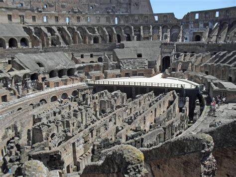 verborgene kleinode in rom eine einladung an 18 interessante orte die ihr reisefã hrer vielleicht nicht vorschlã gt german edition books einladung nach rom um das kolosseum