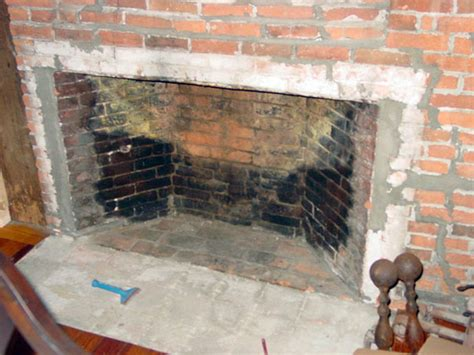 Renovating Brick Fireplace by Ideas For Renovating A Brick Fireplace Fireplace Remodel