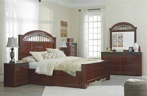 fairbrooks estate poster bedroom set ashley fairbrooks estate b105 queen size poster bedroom