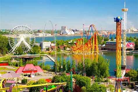 theme park toronto 12 theme parks that are worth taking a road trip to from