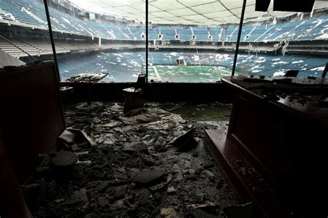 Pontiac Silverdome Sold by Photos Pontiac Silverdome To Be Auctioned By