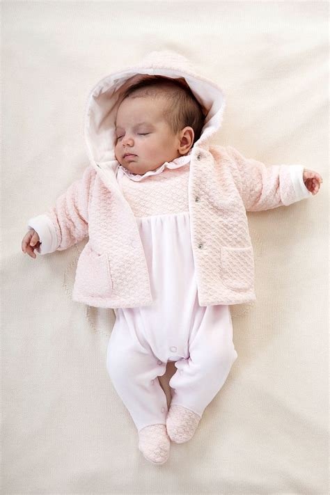 and baby clothes best 25 newborn clothing ideas on