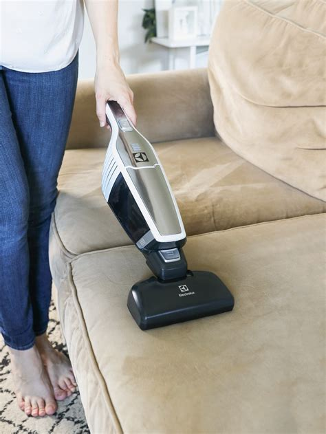 Microfiber Sofa Cleaner by How To Clean A Microfiber Hello Nest