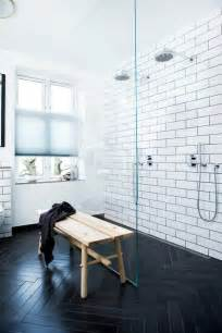 Subway black and white tile bathroom idea jpg