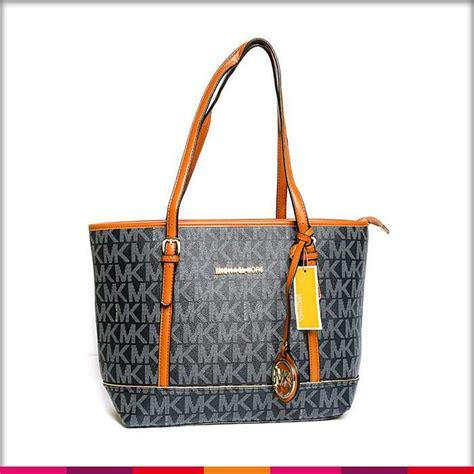 michael kors women shop online watches handbags purses michael kors medium logo gray handbag dikhawa