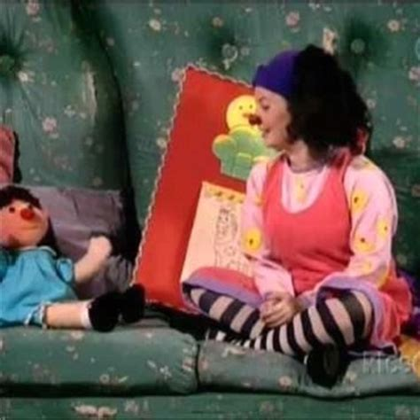 the big comfy couch clean up the big comfy couch pbs once upon a childhood pinterest