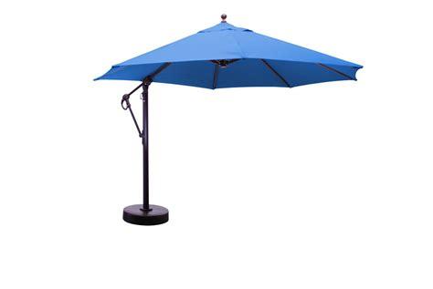 Cantilever Umbrella   What's Up With Them?   Pickndecor.com