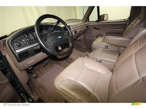 1993 Ford Bronco Interior by 1993 Ford Bronco Eddie Bauer 4x4 Front Seat Photo