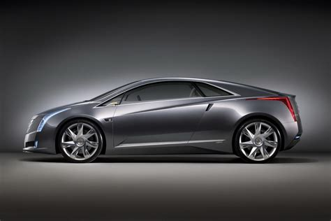 cadillac elr electric car the new 2014 cadillac elr e for electric khaleejesque