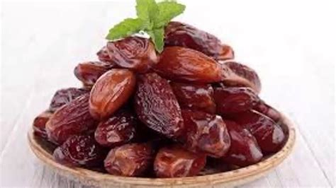 fruit dates are dates healthy dates fruit health benefits