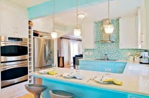 turquoise kitchen cabinets tasty turquoise kitchens dans le lakehouse