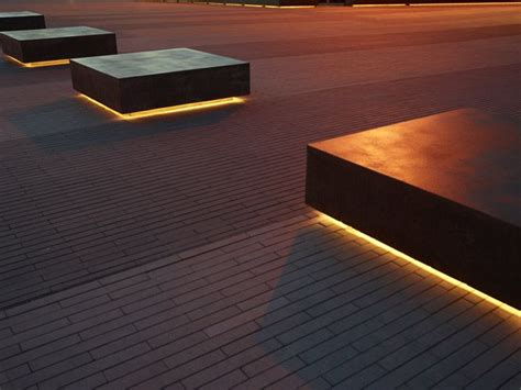 under bench led lighting 25 best ideas about landscape lighting on pinterest