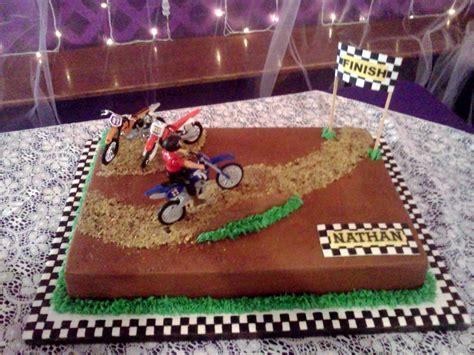 motocross bike cake motorcross grooms cake cakecentral com