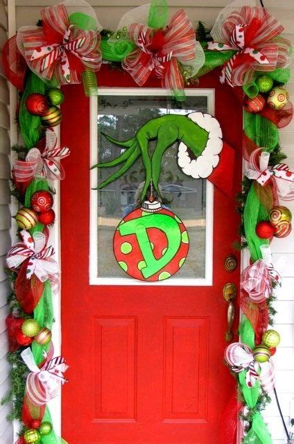 whoville decorations online the 25 best ideas about grinch fingers on grinch decorations whoville