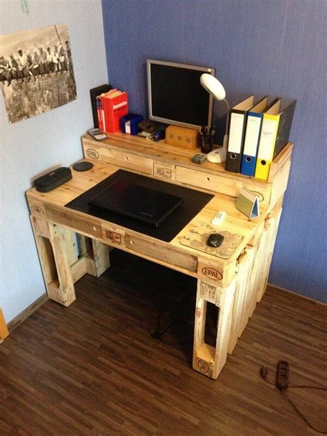 Unique Computer Desk Ideas Pallet Computer Desk Unique Designs Pallets Designs