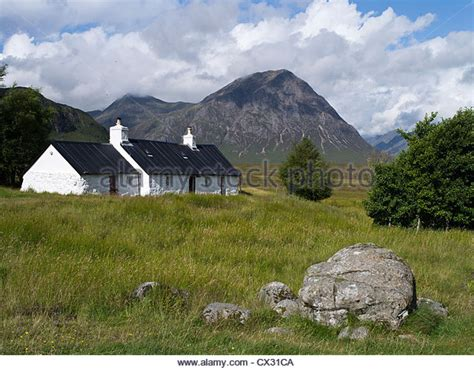 glencoe cottage white cottage house glencoe stock photos white cottage