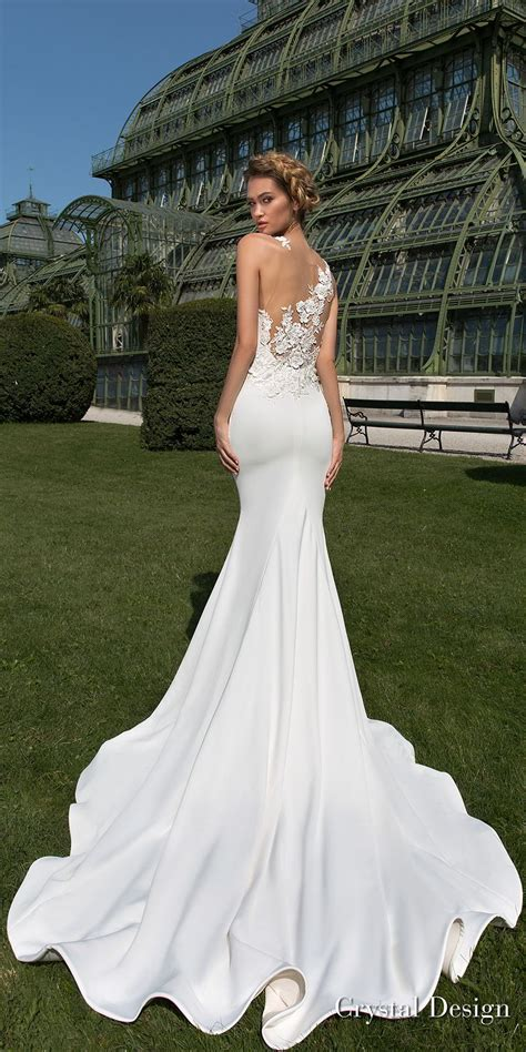 Simple Elegant Wedding Gown Designs