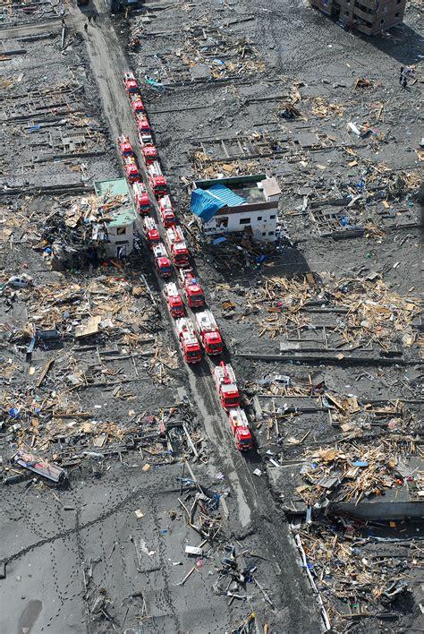 earthquake tsunami aftermath of the 2011 tōhoku earthquake and tsunami