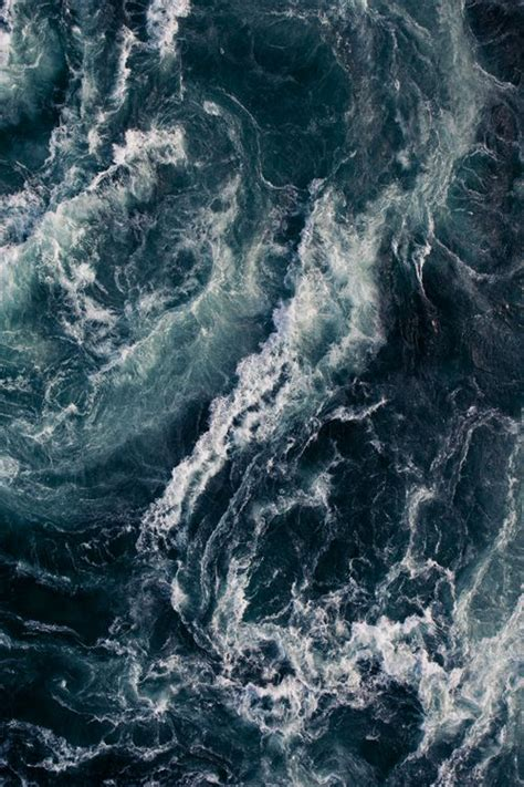 rough layout photography the raging sea fonda lashay design
