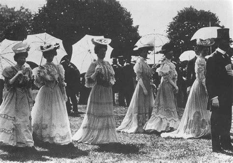 the belle poque 1890 to 1914 grand ladies gogm 1905 ascot spectators grand ladies gogm
