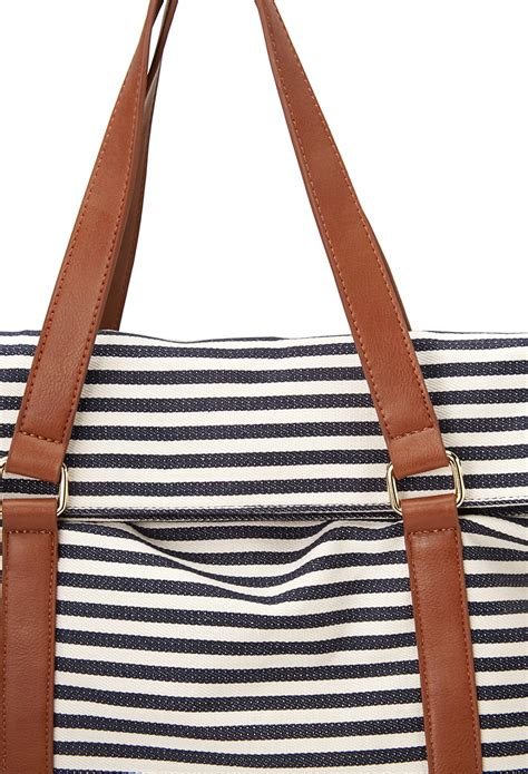 5 Striped Stuff To See by Forever 21 Shore Thing Striped Tote In Blue Lyst