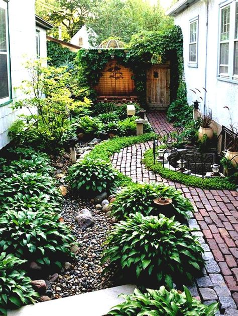 simple garden designs best 25 side yard landscaping ideas on hosta