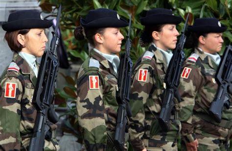 Swiss Army 16s by Arm 233 E Le Gouvernement D 233 Clare La Guerre Au Harc 232 Lement