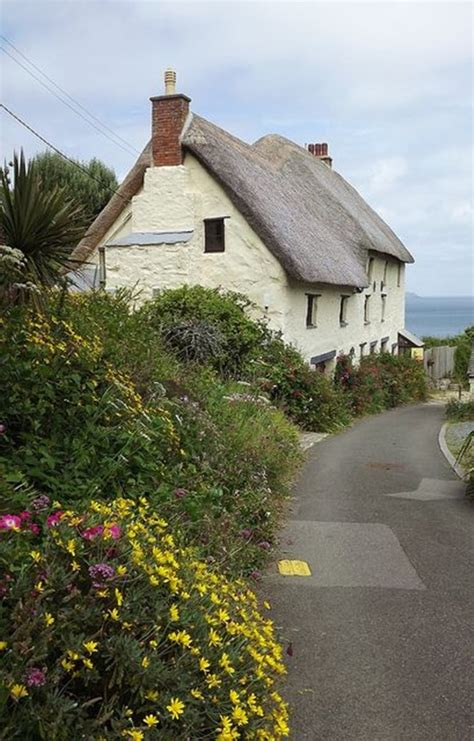 Cottages Lizard Cornwall by 40 Beautiful Thatch Roof Cottage House Designs