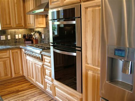 hickory cabinets kitchen hickory kitchen cabinet pictures and ideas