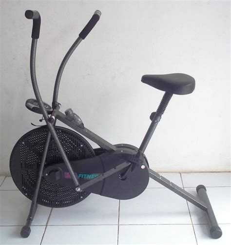 Sepeda Statis Tl 8203 Anti Gores sepeda wind cycle anti gores tl8203 air bike total fitness