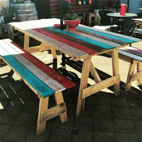 pallet picnic bench best 25 pallet picnic tables ideas on pinterest garden