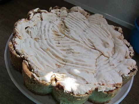 rhabarber baiser kuchen rhabarber baiser kuchen rezept mit bild frosch vera