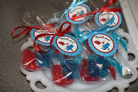 Dr Seuss Baby Shower Gifts by Dr Seuss Baby Gifts Gift Ftempo